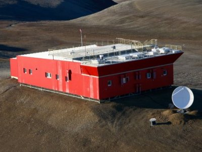 Photo of the PEARL station in Nunavut.  Photo: Canadian Network for the Detection of Atmospheric Change