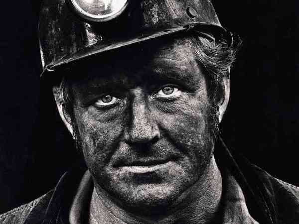 Coal miner Lee Hipshire in 1976.  Photo: NPR.org.